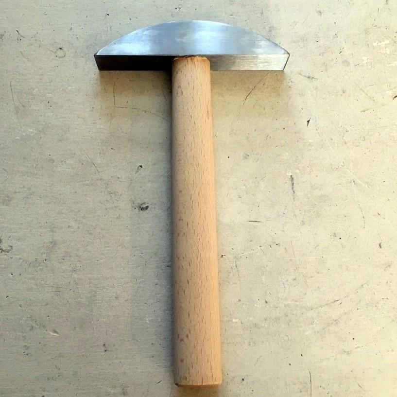 Stål hammer til sten og fliser 450g.